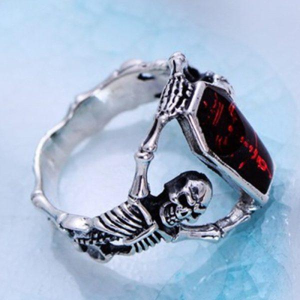 Bague Gothique Rouge
